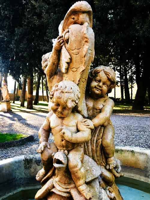 Fountain at Poggio Casciano in Tuscany